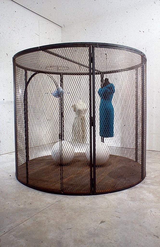 Louise Bourgeois,  Cage XXV