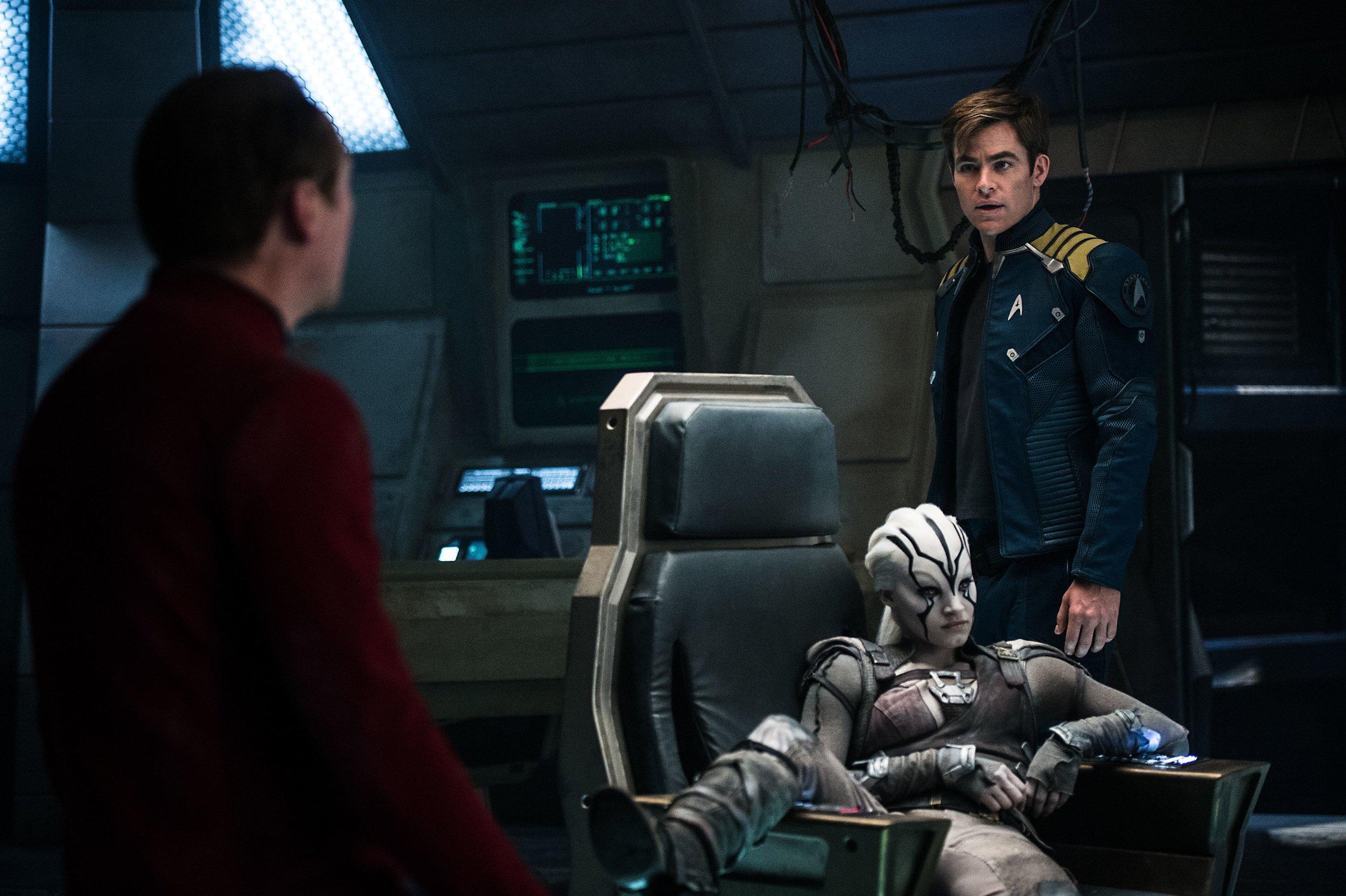 Simon-Pegg-Sofia-Boutella-and-Chris-Pine-in-Star-Trek-Beyond.jpg