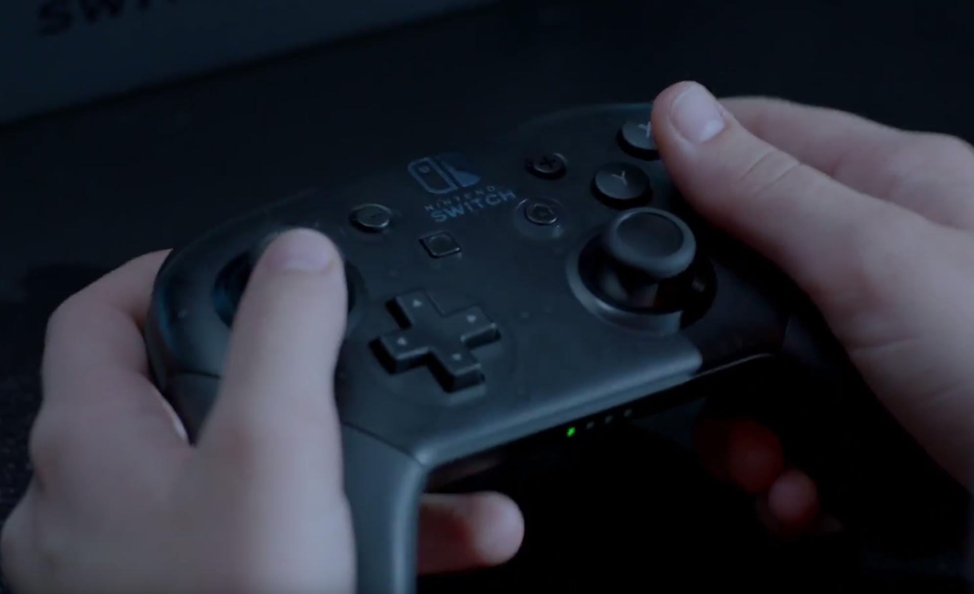Nintendo_Switch_Conventional_controller.jpg