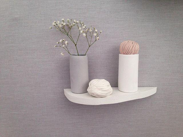 Saint Sulpice Céramique c'est encore tout ce week-end et pour l'occasion j'ai façonnée ces boîtes ou vases-paysages et petit secret on y entend la mer comme dans un coquillage 👂🐚 . 11h-20h . Place Saint Sulpice . #ceramique #ceramic #ceramiquecontemporaine #craft #artisanat #artisan #objetdusage #objetdecontemplation