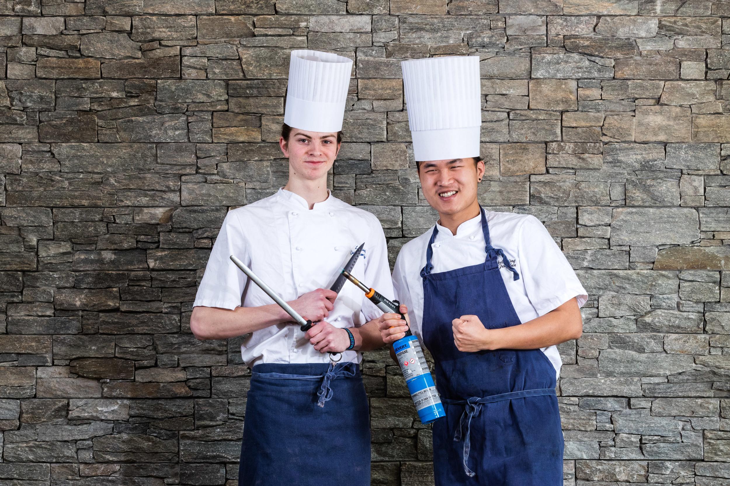 Våre flinke lærlinger, sammen med vårt team av dyktige kokker er klar for å gi deg gode matopplevelser.