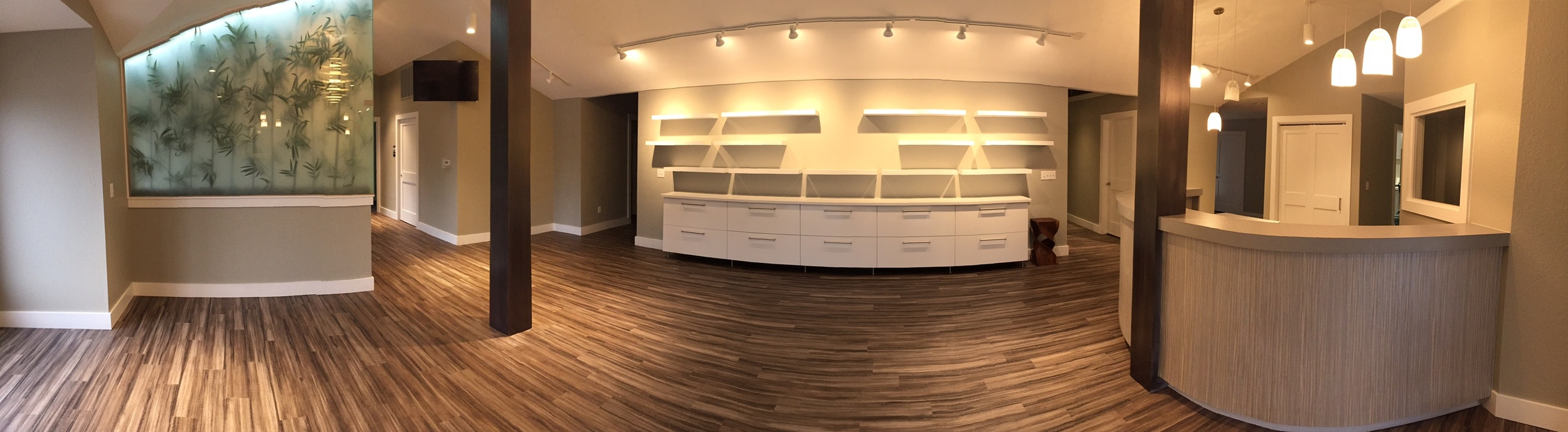 Dr. Welch Office 13 Lobby Panoramic.jpg