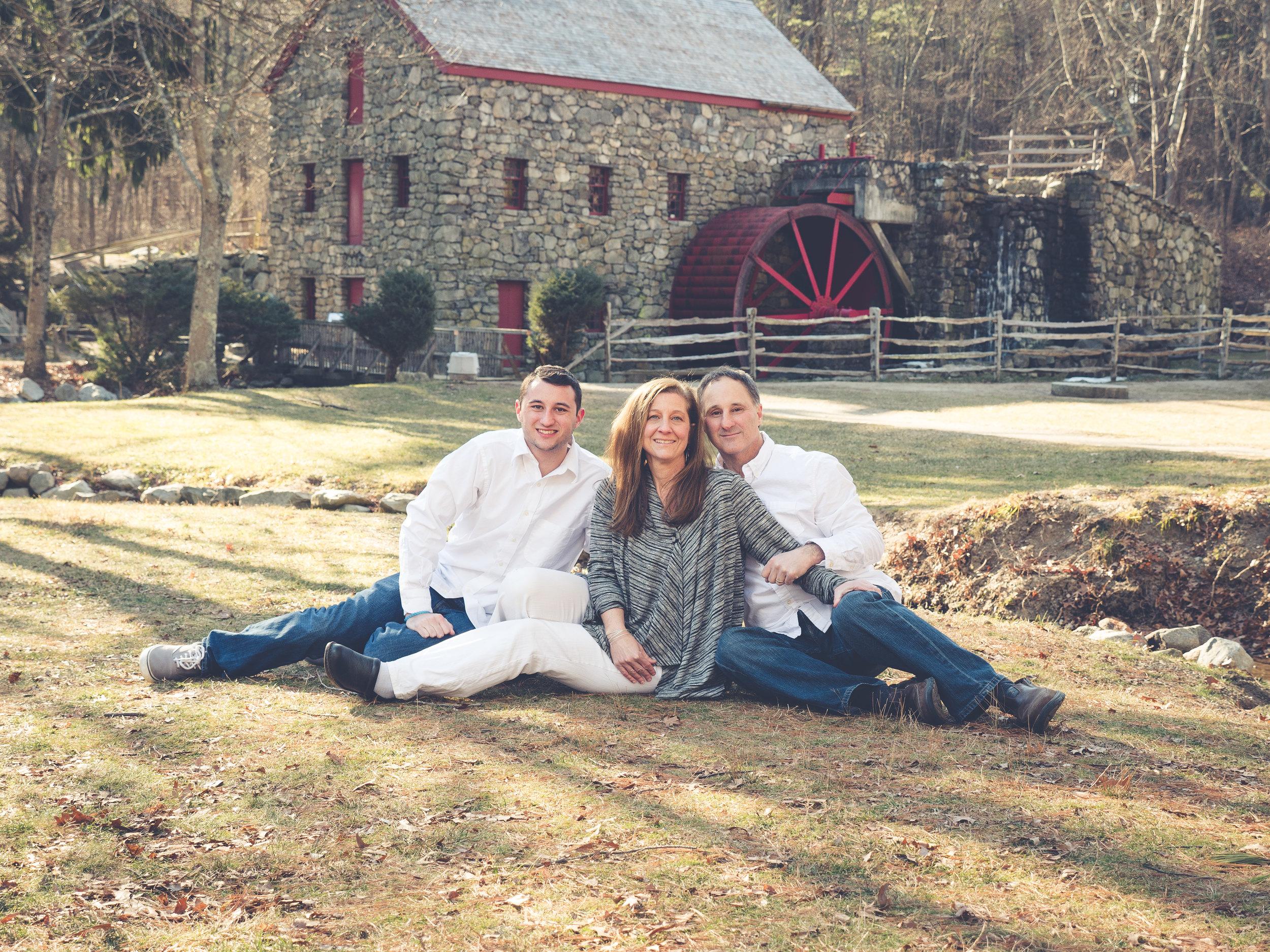Abruzzi Family-15.jpg
