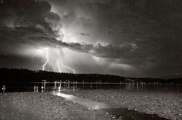 An old shot from my mom's dock on Lake Sammamish, just outside Seattle. #seattle #lakesammamish #lightning #travelphotography