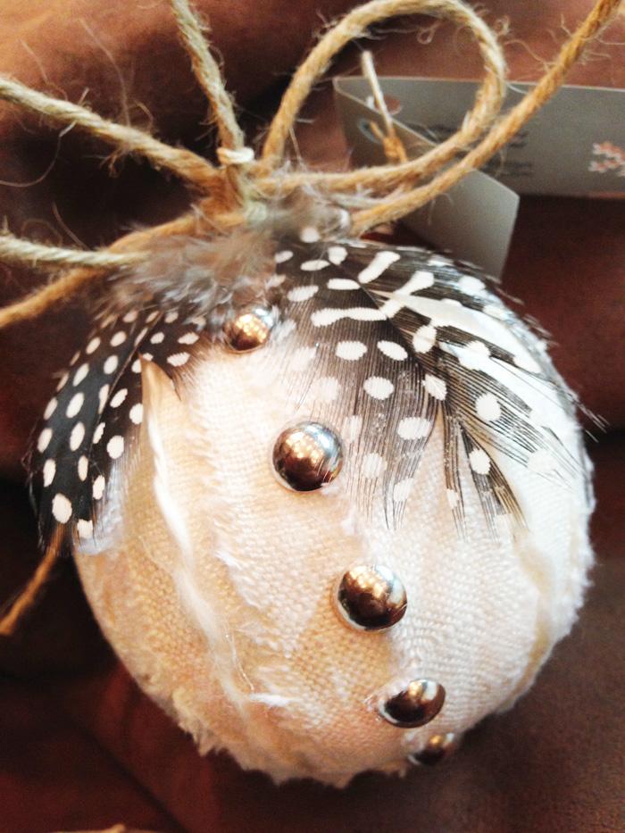 20.feather-ornament-ellenmattesi.com.jpg