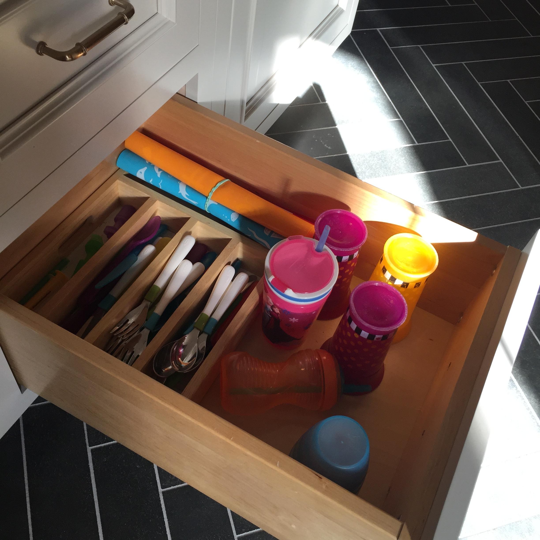 Kids drawer
