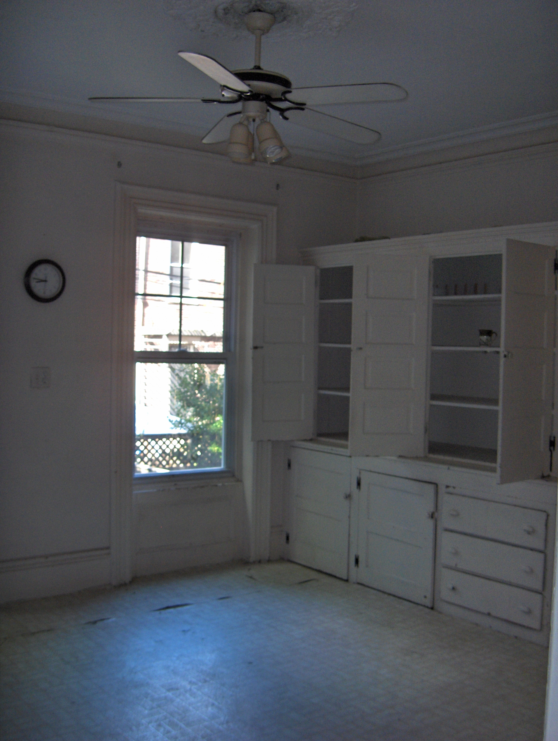 """Those cabinet doors and drawers neither opened nor closed fully. And who wants to play """"Is This Lead Paint?"""""""