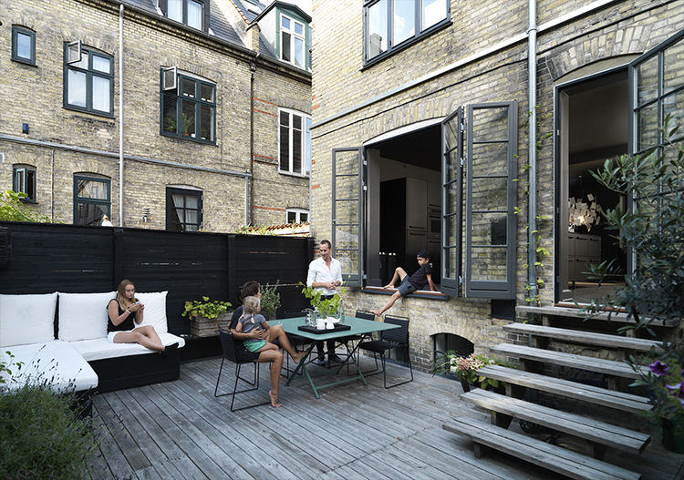 Living the indoor/outdoor life.  Source:  Dwell