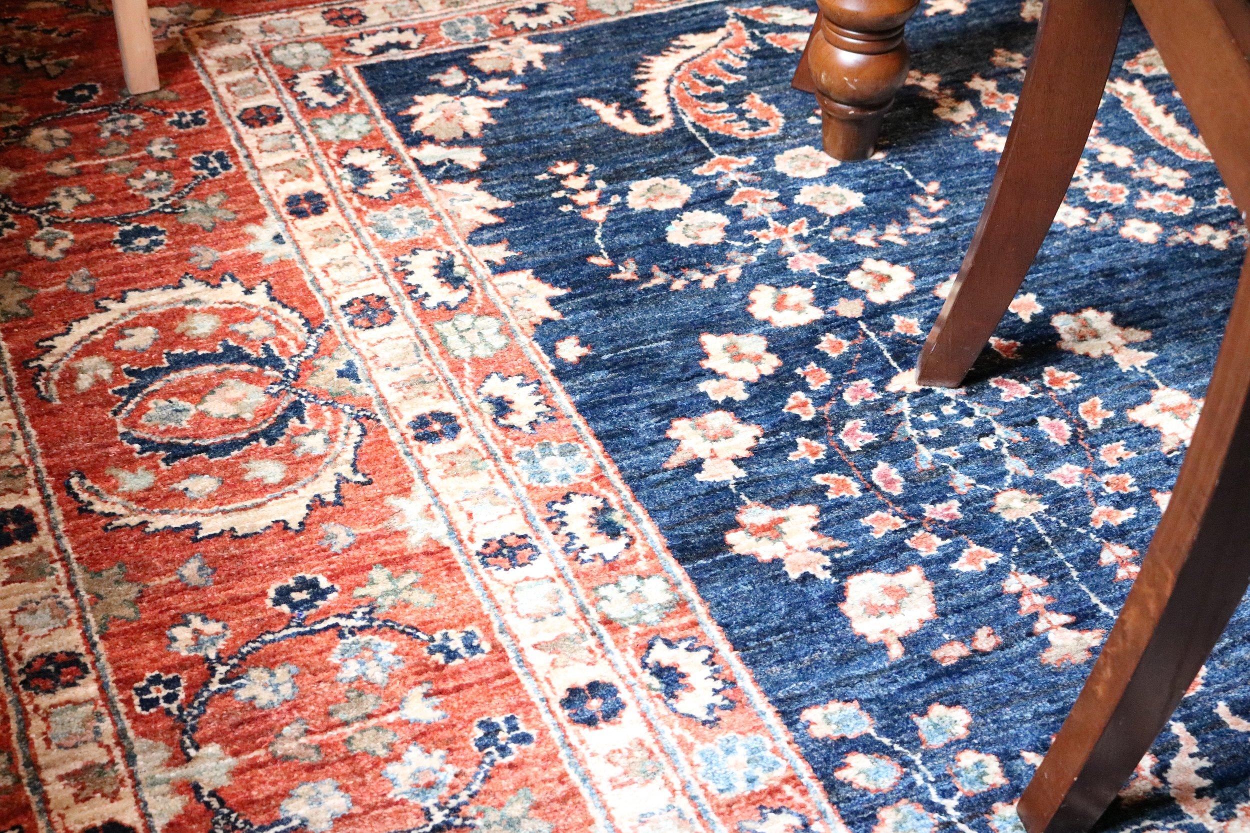 Blue-oriental-vintage-rug