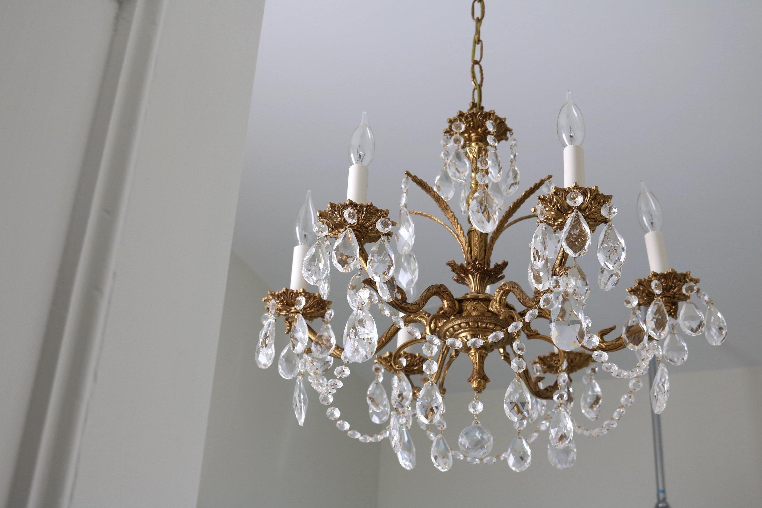 Vintage-crystal-chandelier