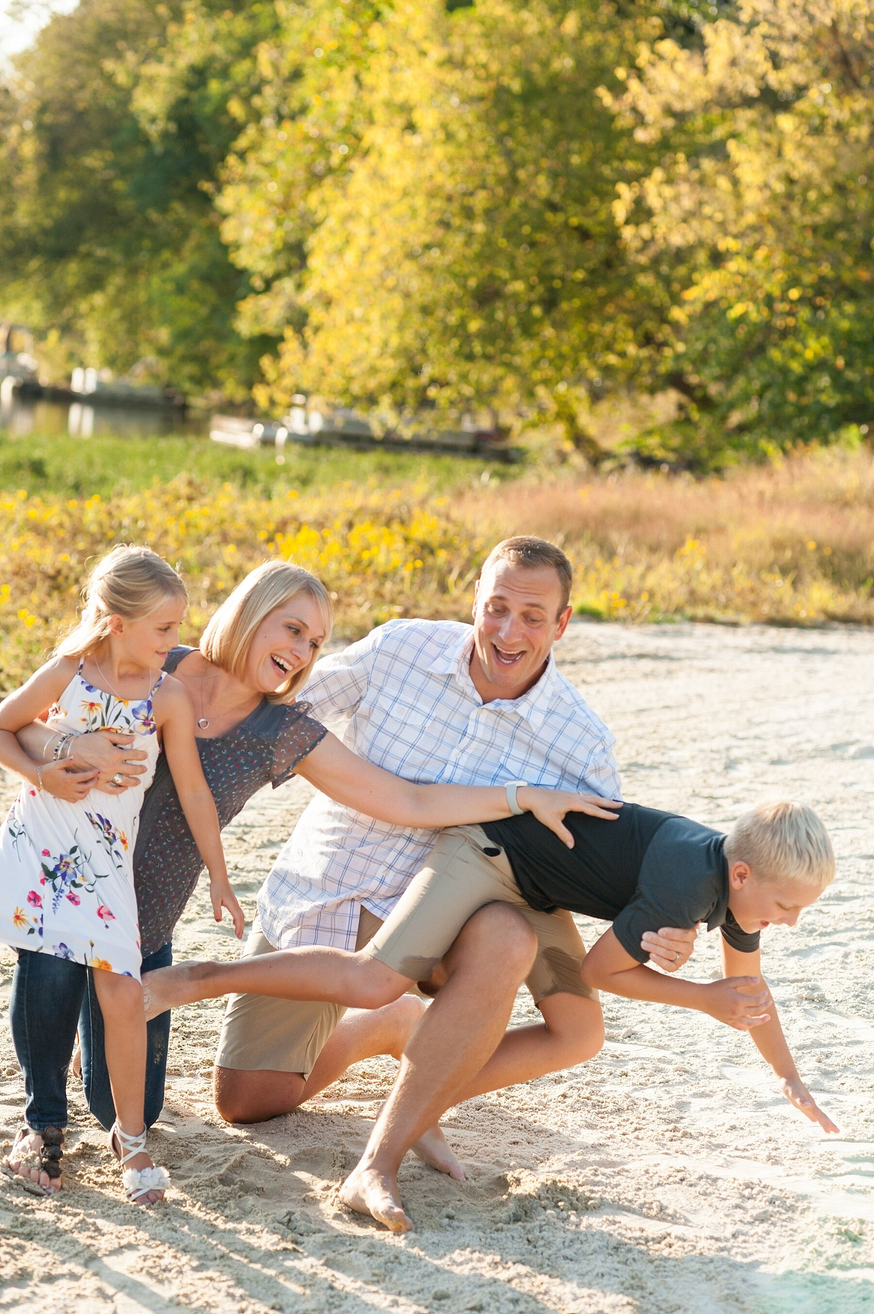 Wendy Zook Photography | Frederick MD family photos, Maryland family photos, Lake Linganore family photos, MD family photographer, family photographer, Maryland family session, family photos on the lake, beach family photos, Frederick family photos, Frederick family photographer
