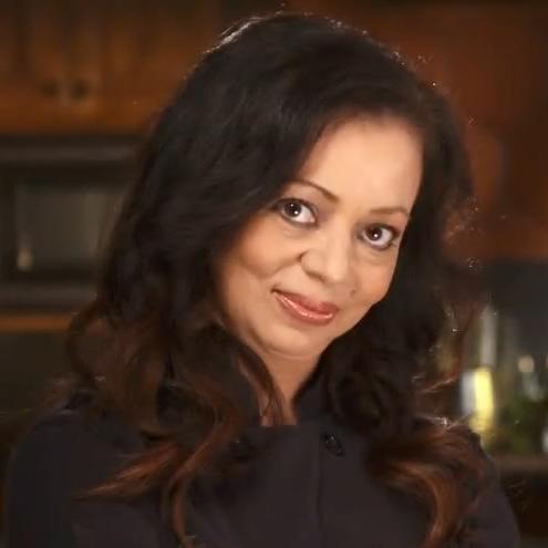 Chef Gina Galvan (2).jpg