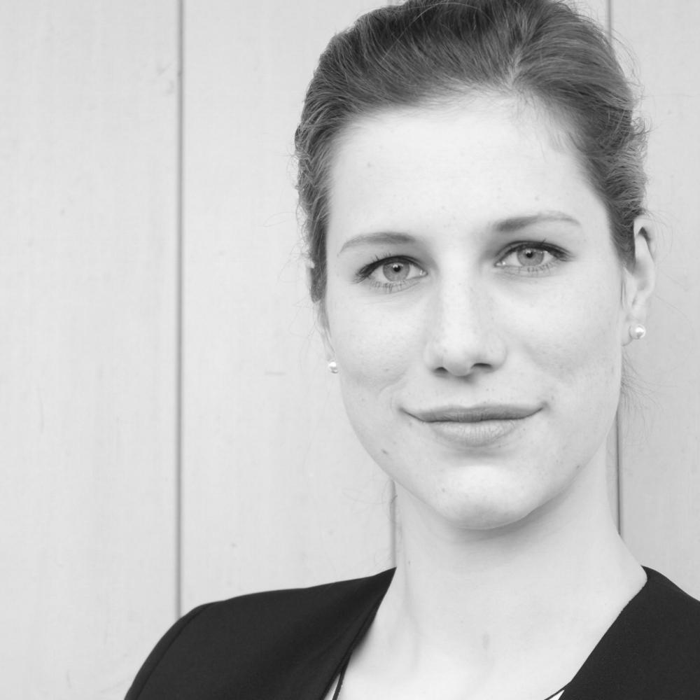 Anna Roth, Assistentin der Geschäftsführung bei  RE/PRESENT , seit 2018