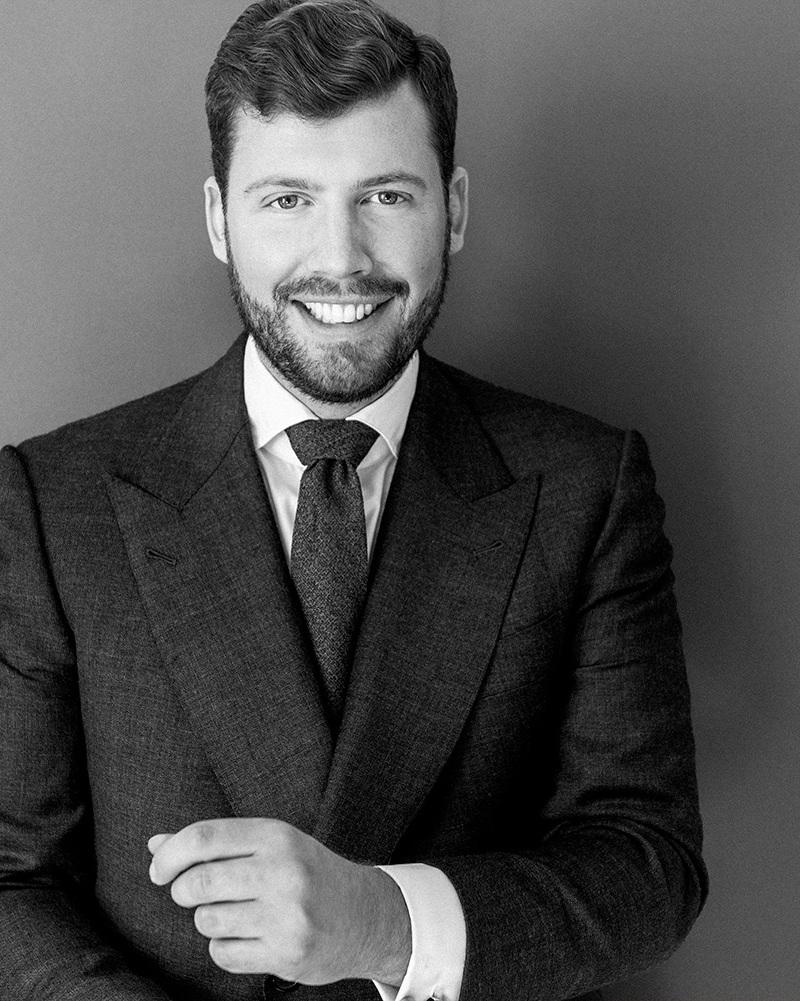 Clemens Hoyos   Partner & Senior Berater  Fokus: Knigge & Business Etikette