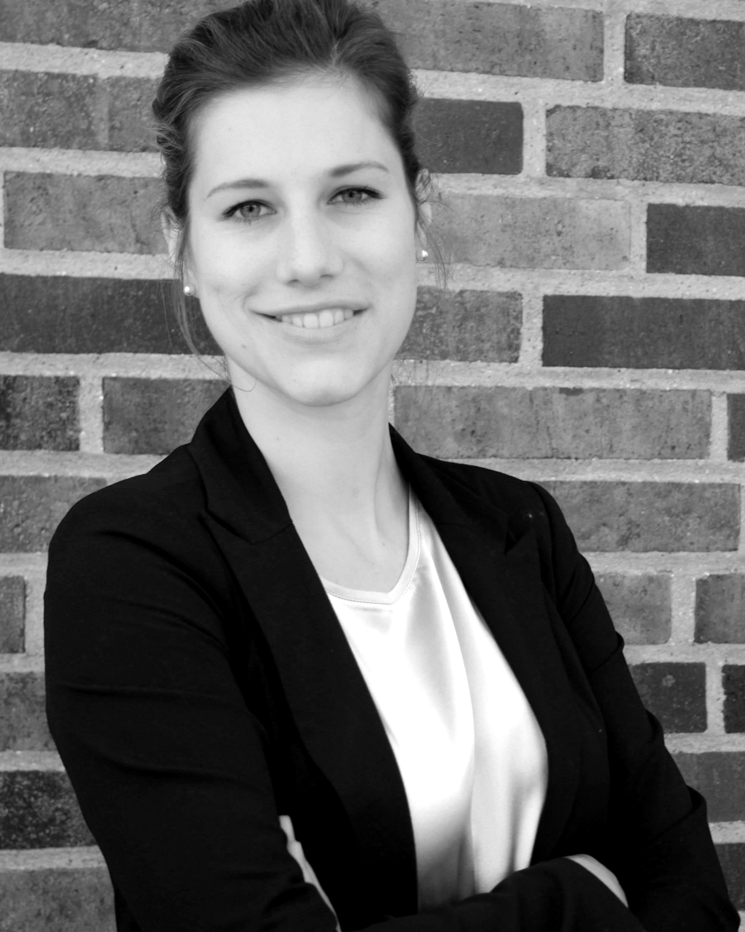Anna Roth   Assistentin der Geschäftsführung  Fokus: Seminarorganisation & Office