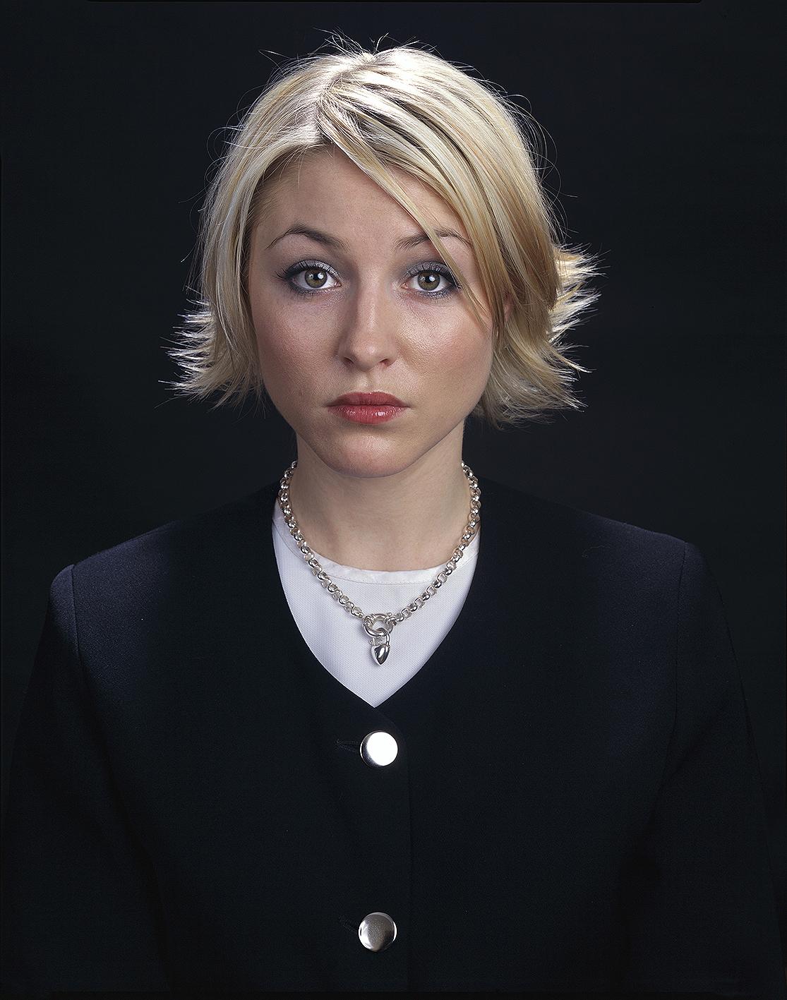 Elizabeth Arden, 2002