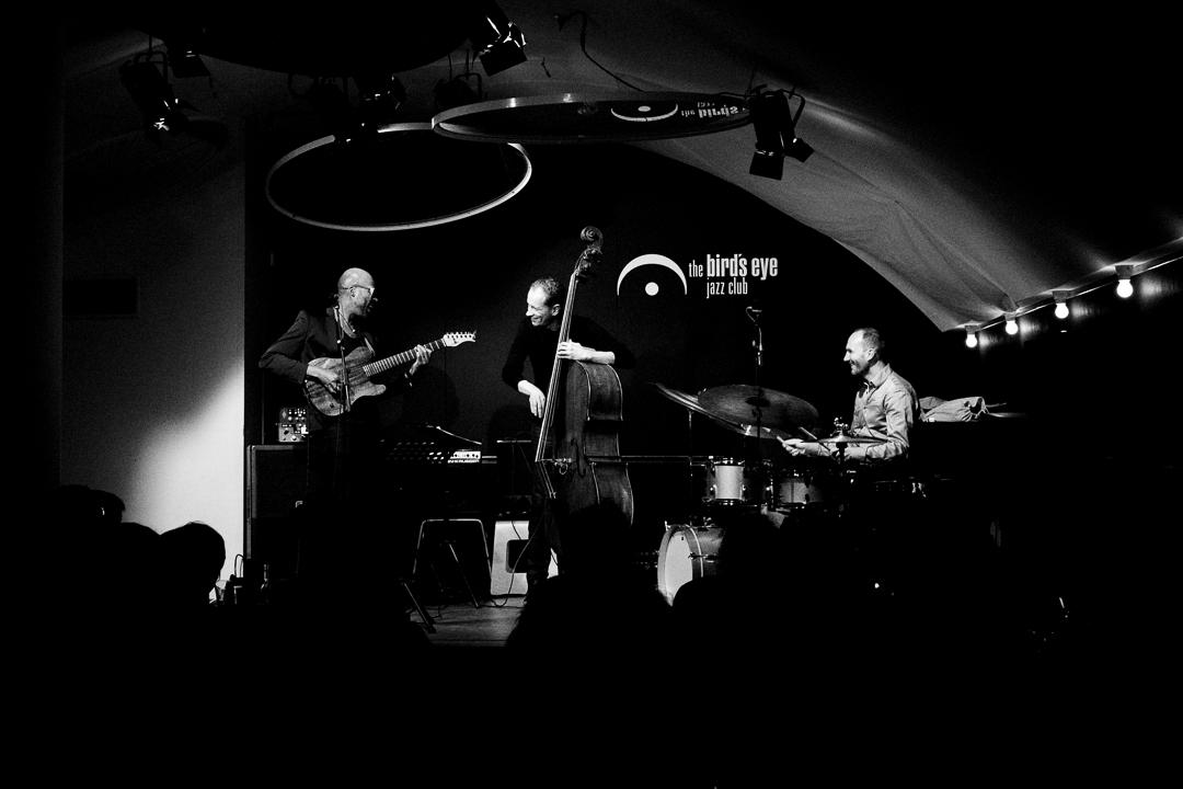 Lionel_Loueke_Trio_BE-6.JPG