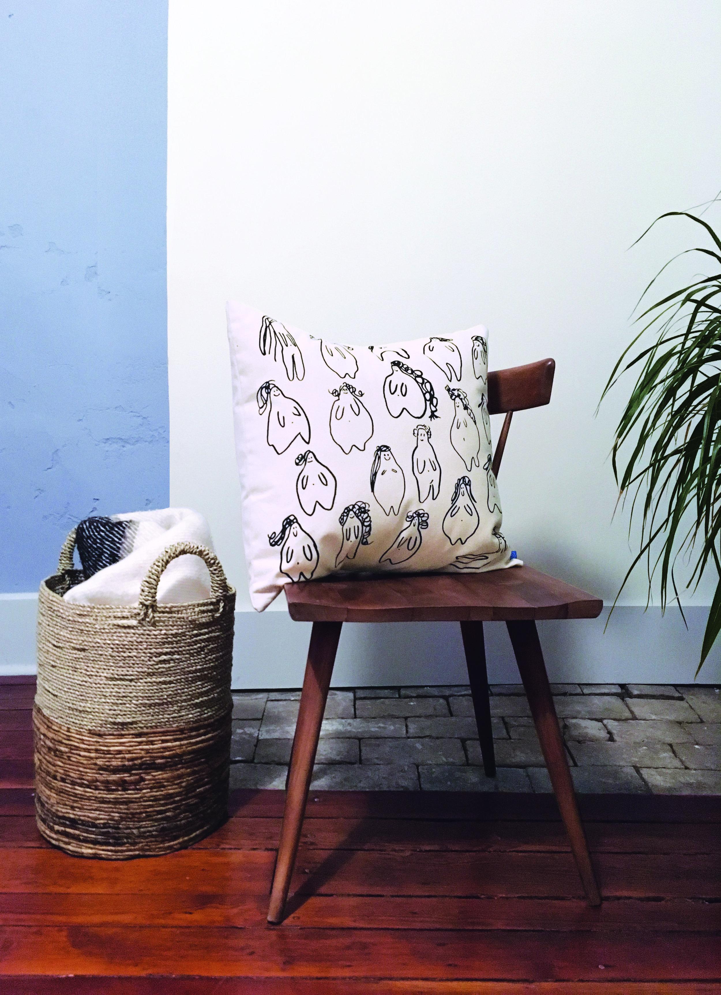 Ladies chair.jpg