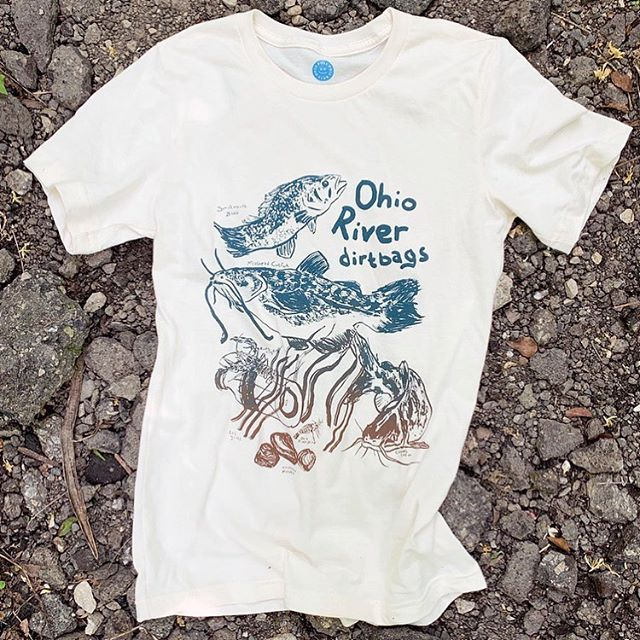 Did you know that the Ohio River is 981 miles long, flows by 6 states, and is full of over 164 types of dirtbags? 💩🐟 #ohioriver #ohioriverfishing #printmaking #screenprinting #catfish #ohiorivershrimp #reclaimtheriver