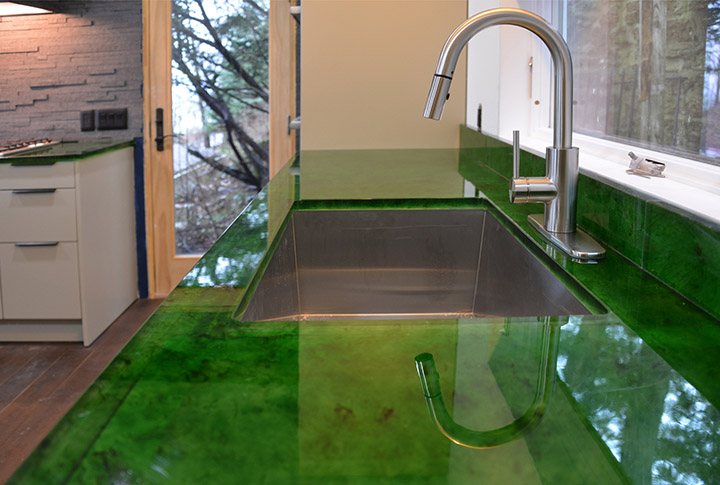 kitchen-sink-recycled-glass-counter.jpg