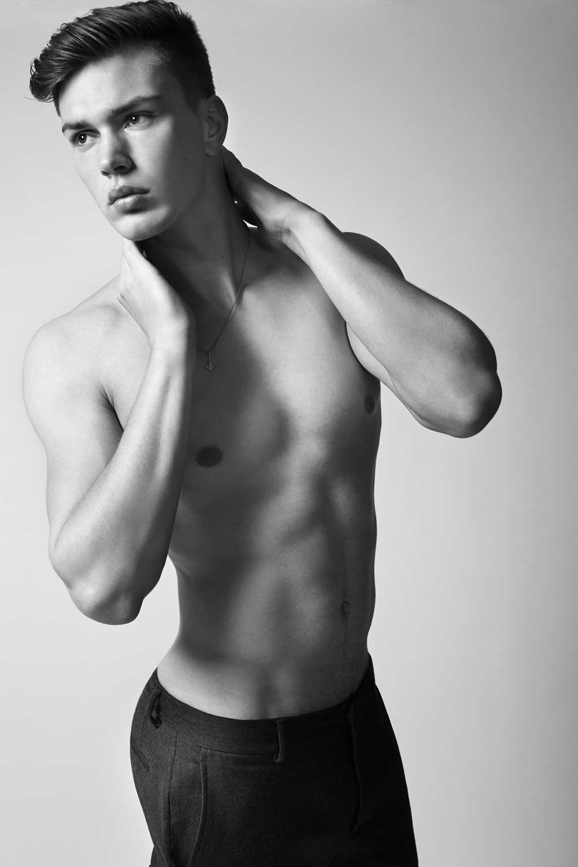 "George Blaxall  of  New York Models   HEIGHT: 6'2"" | WAIST: 31 | SHOE: 10.5 | HAIR: BROWN | EYES: BLUE  Photo by:  Dustin Mansyur  &  Marc Sifuentes"