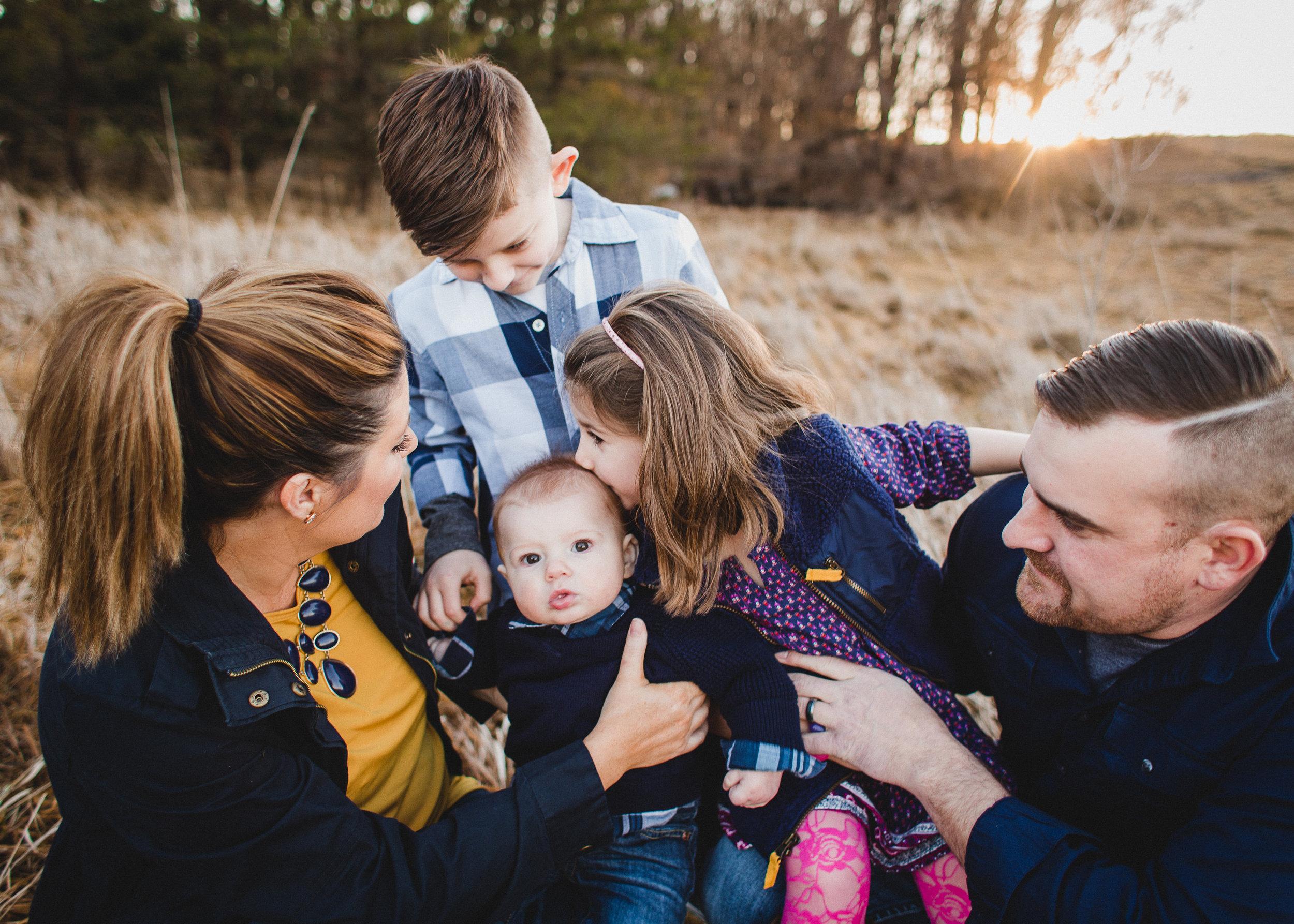 THE KUHR FAMILY / FAMILY