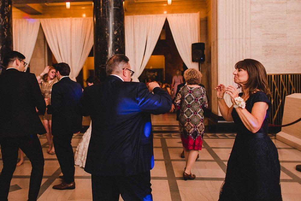 Caitlin & Sam Wedding at the Joslyn Art Museum in Omaha, Nebraska_1184.jpg