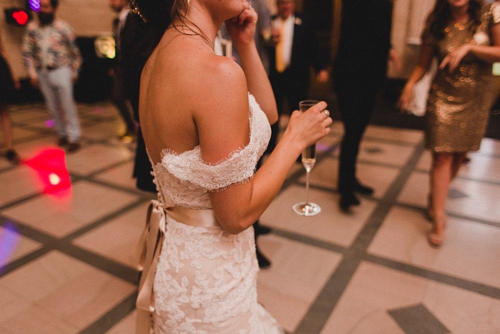 Caitlin & Sam Wedding at the Joslyn Art Museum in Omaha, Nebraska_1188.jpg