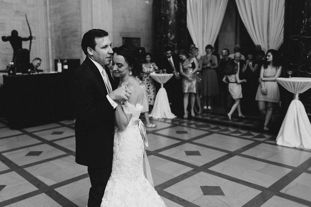 Caitlin & Sam Wedding at the Joslyn Art Museum in Omaha, Nebraska_1269.jpg