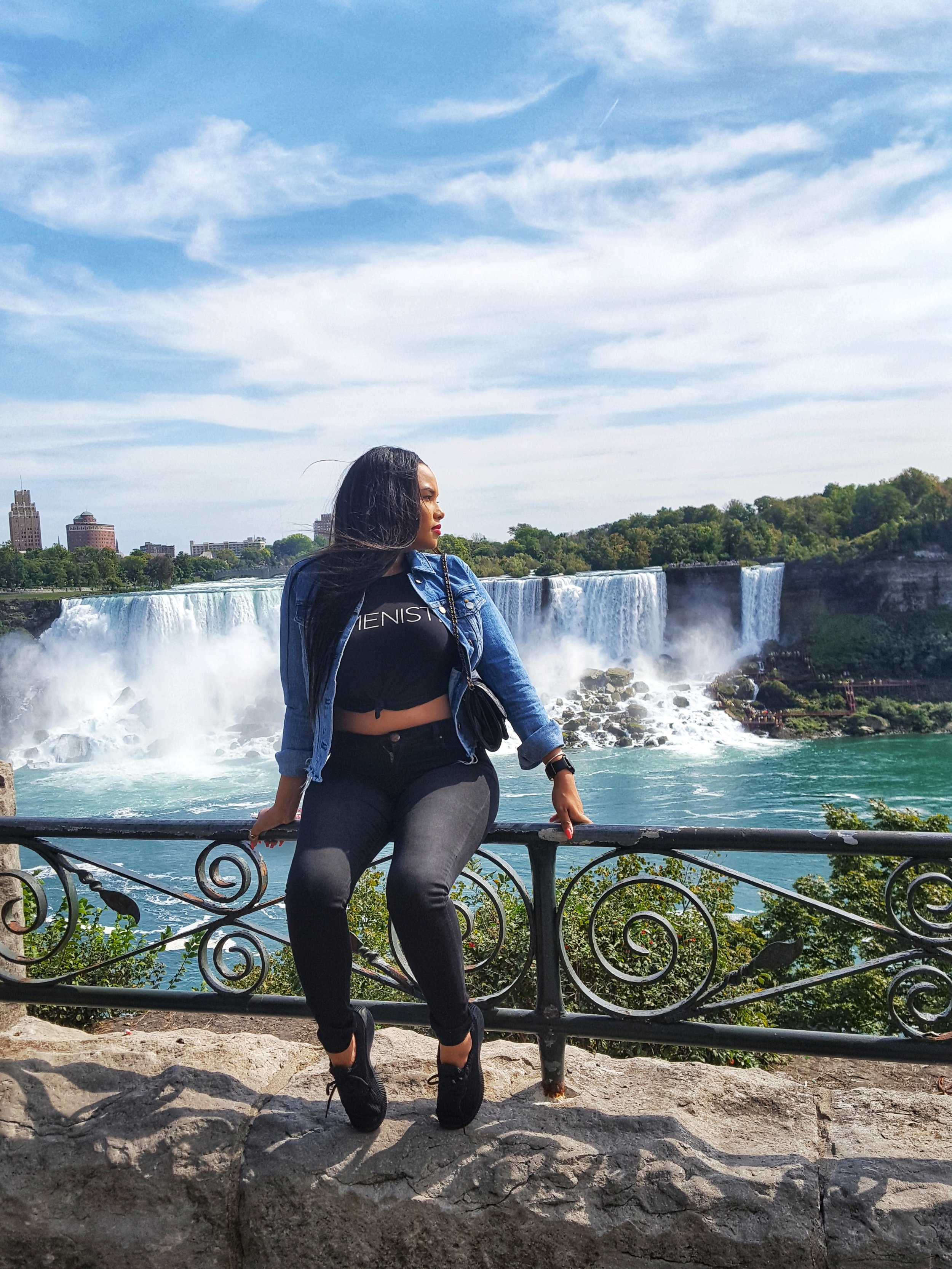 Traveller Experience - Leanna Ryce: Canada 2018     Click here to read about her adventure!