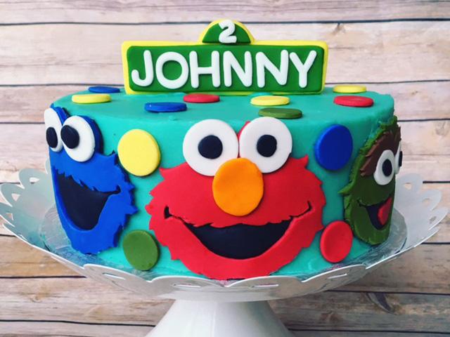 bella_nava_custom_kosher_cake