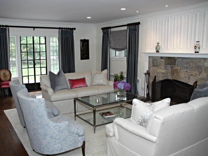 Beautiful living room in Scarsdale, NY