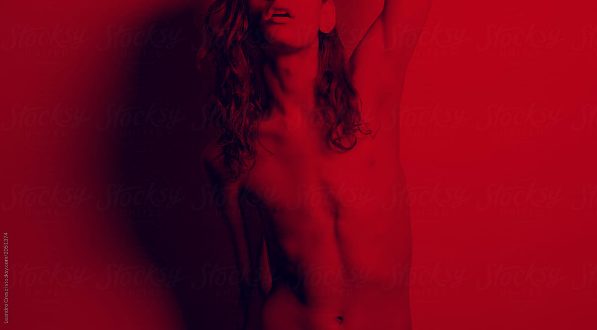 barcelona-androgynous-red-sensual-naked-nude-by-leandro-crespi.jpg