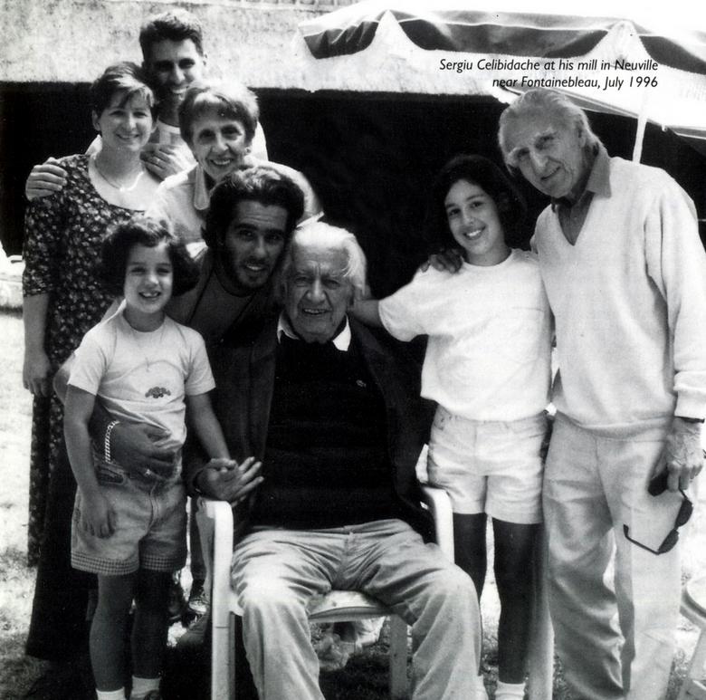 (l to r)Eliana, Gabi, Aleco, Tania, Serge, Sergiu, Me, Petre