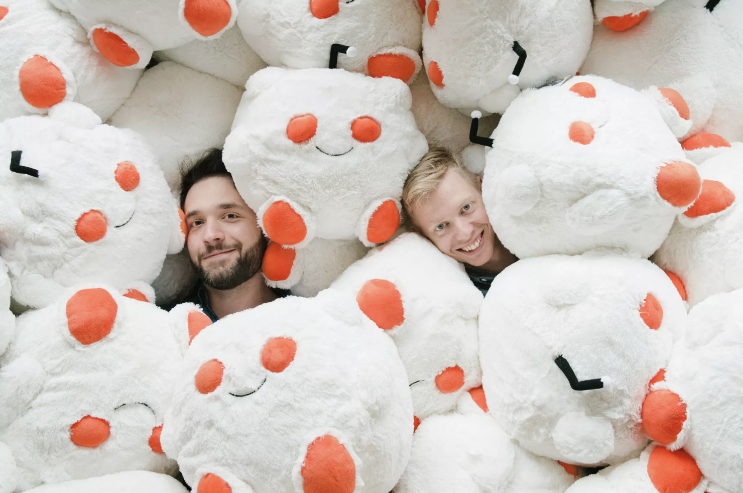 Reddit raised $200 million in funding and is now valued at $1.8 billion