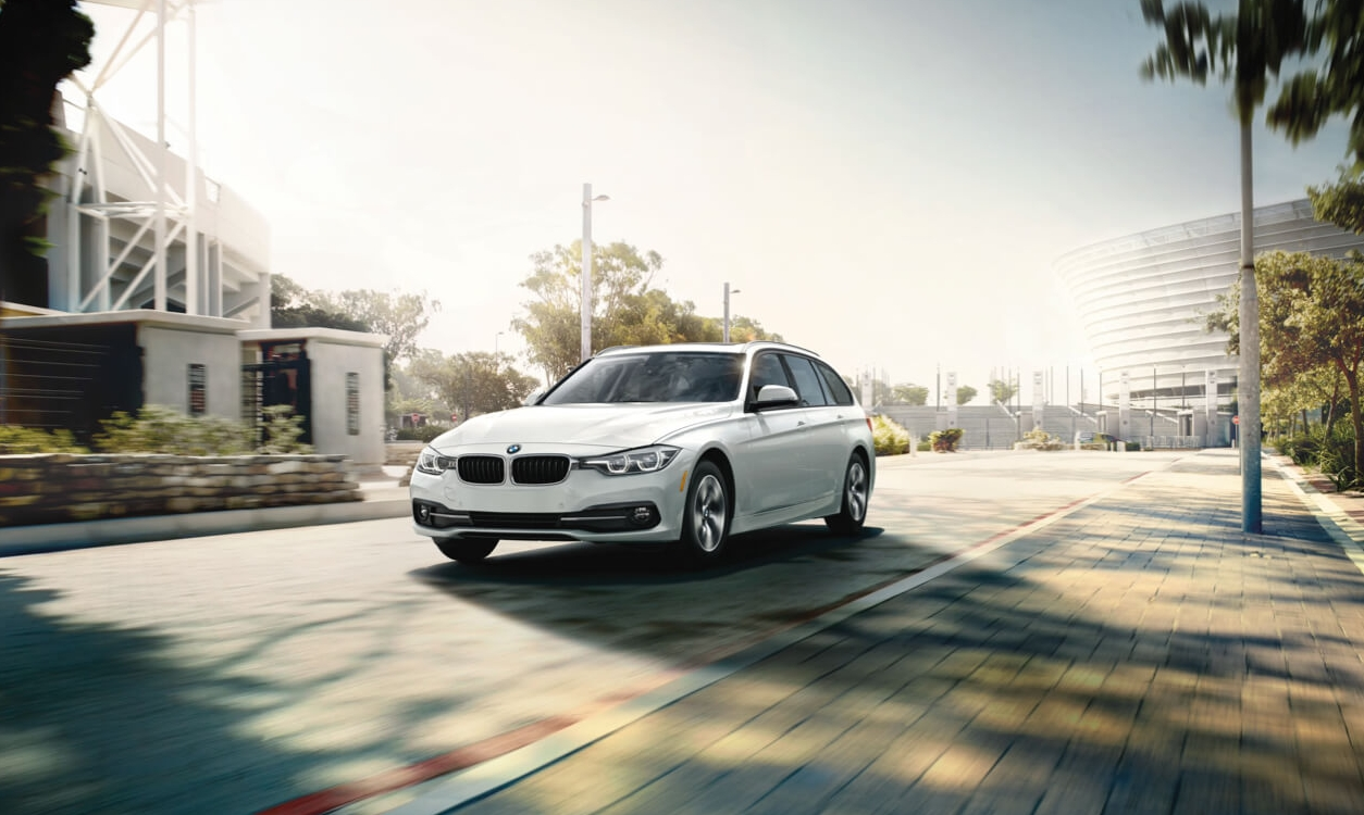 Spend your weekend under the sun in an asphalt parking lot! (Image source: bmwusa.com)