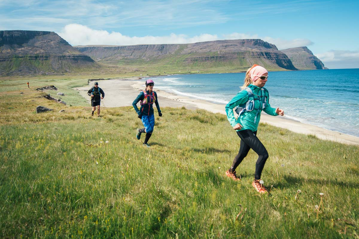 Inga Fanney leading a run tour