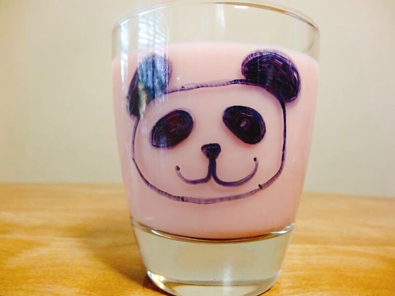 Kid-Friendly Vanilla Strawberry Oat Milk
