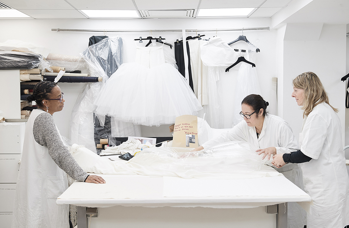 22_In_the_CHANEL_Haute_Couture_Atelier_LD.jpg