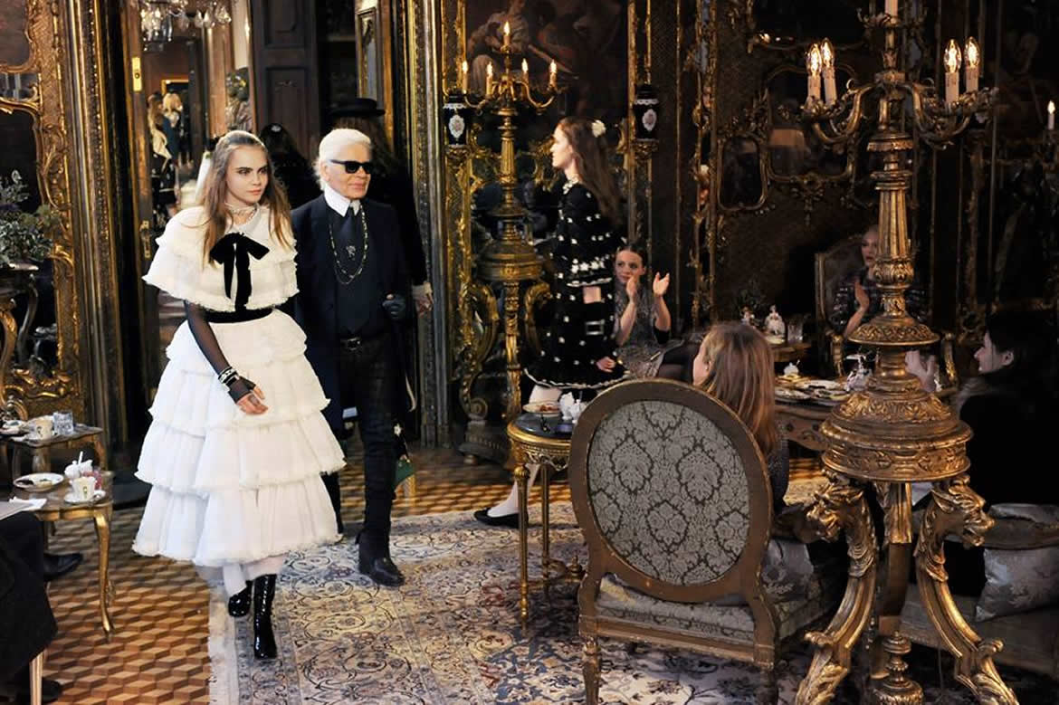 Karl Lagerfeld and Cara Delevingne walking the finale of the Métiers D'Art 2014 show in Salzburg.