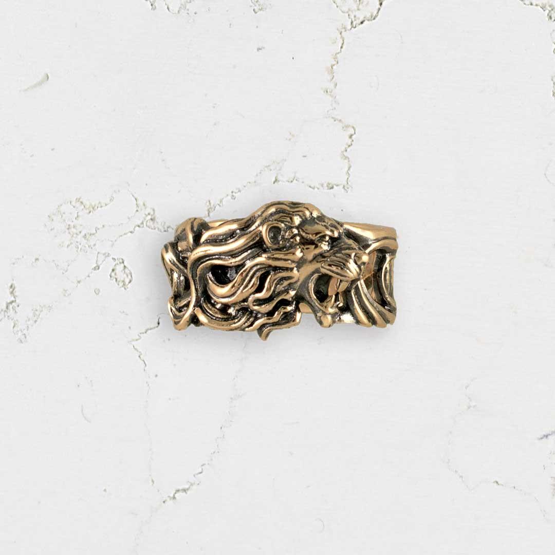 Lions-ring-front-AtelierAngheluta.jpg