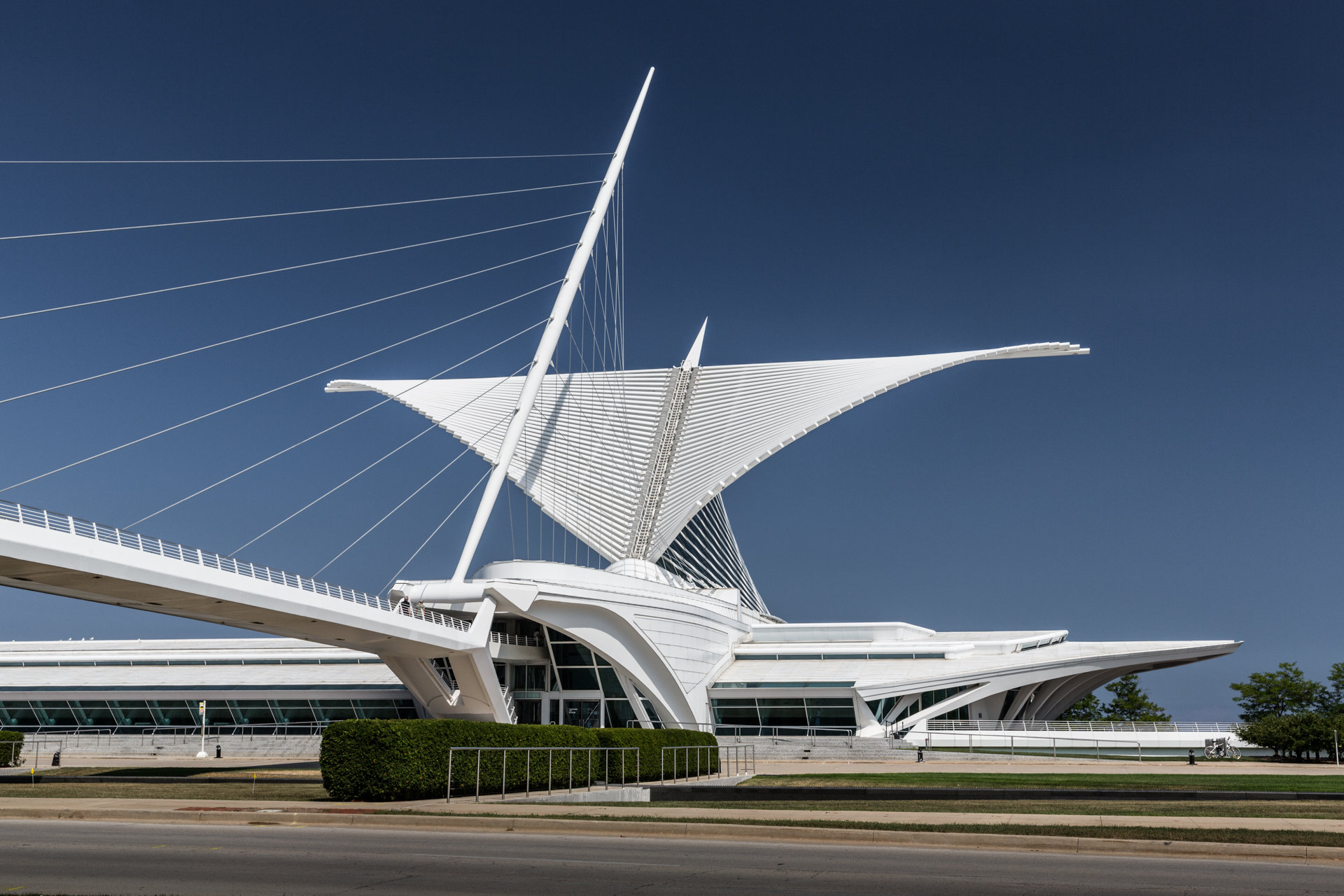 Santiago Calatrava designed: leading suspension bridge, mast and Burke Brise Soleil