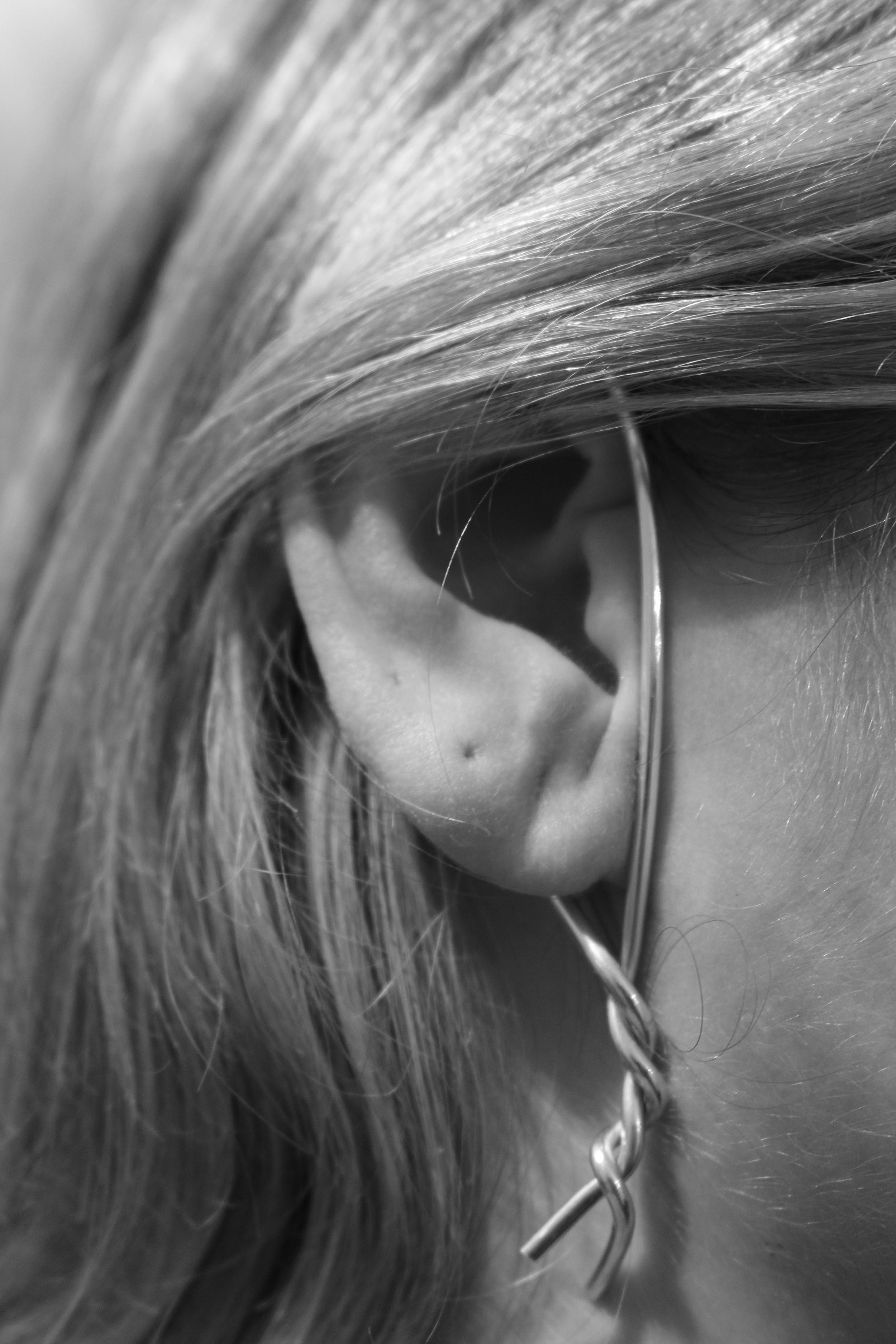 23 close up ear twist cuff .jpg