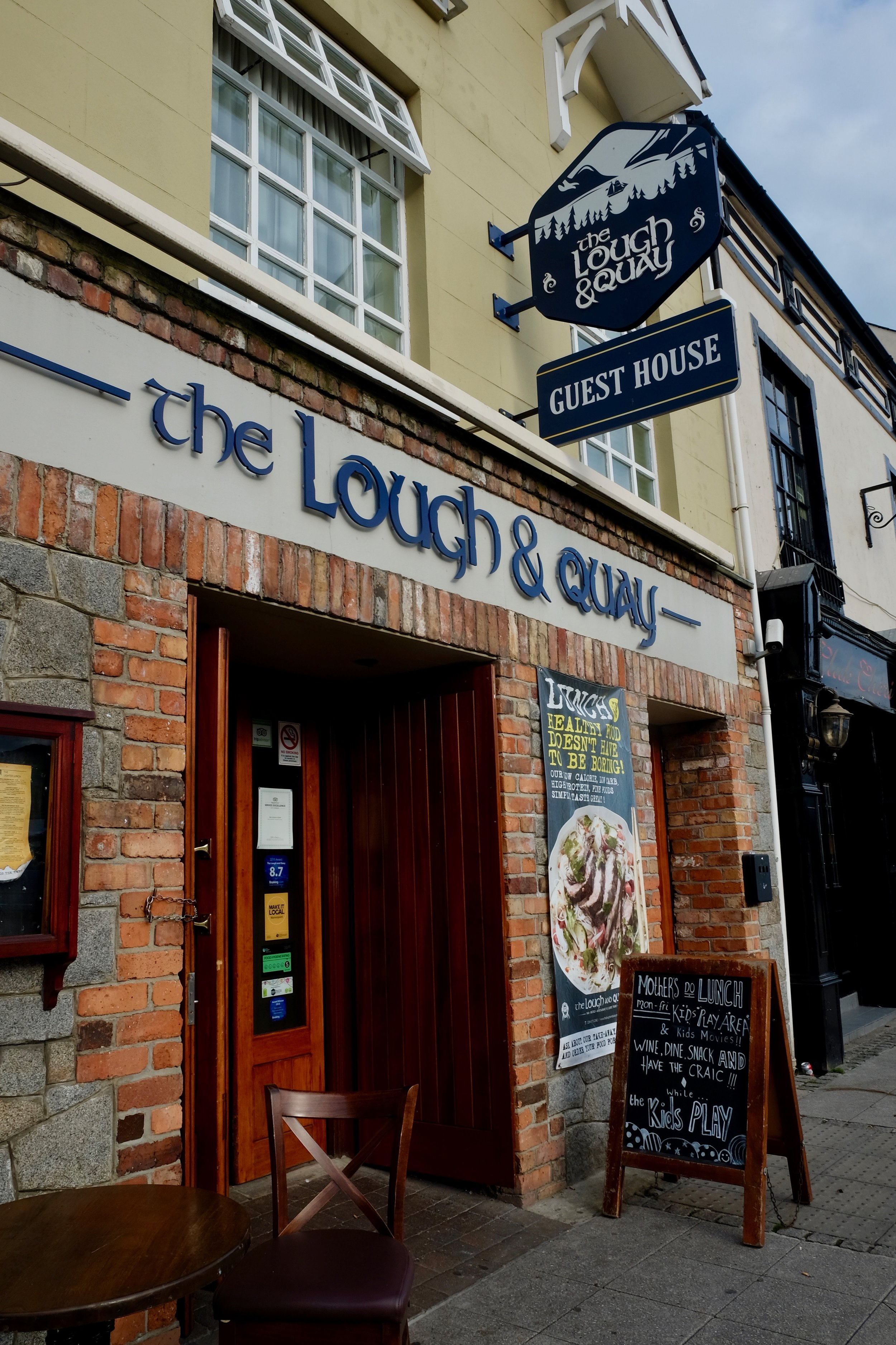 The Lough and Quay,1-3 Marine Parade, Warrenpoint BT34 3NB, +44 (0) 28 4175 2082, info@theloughandquay.com
