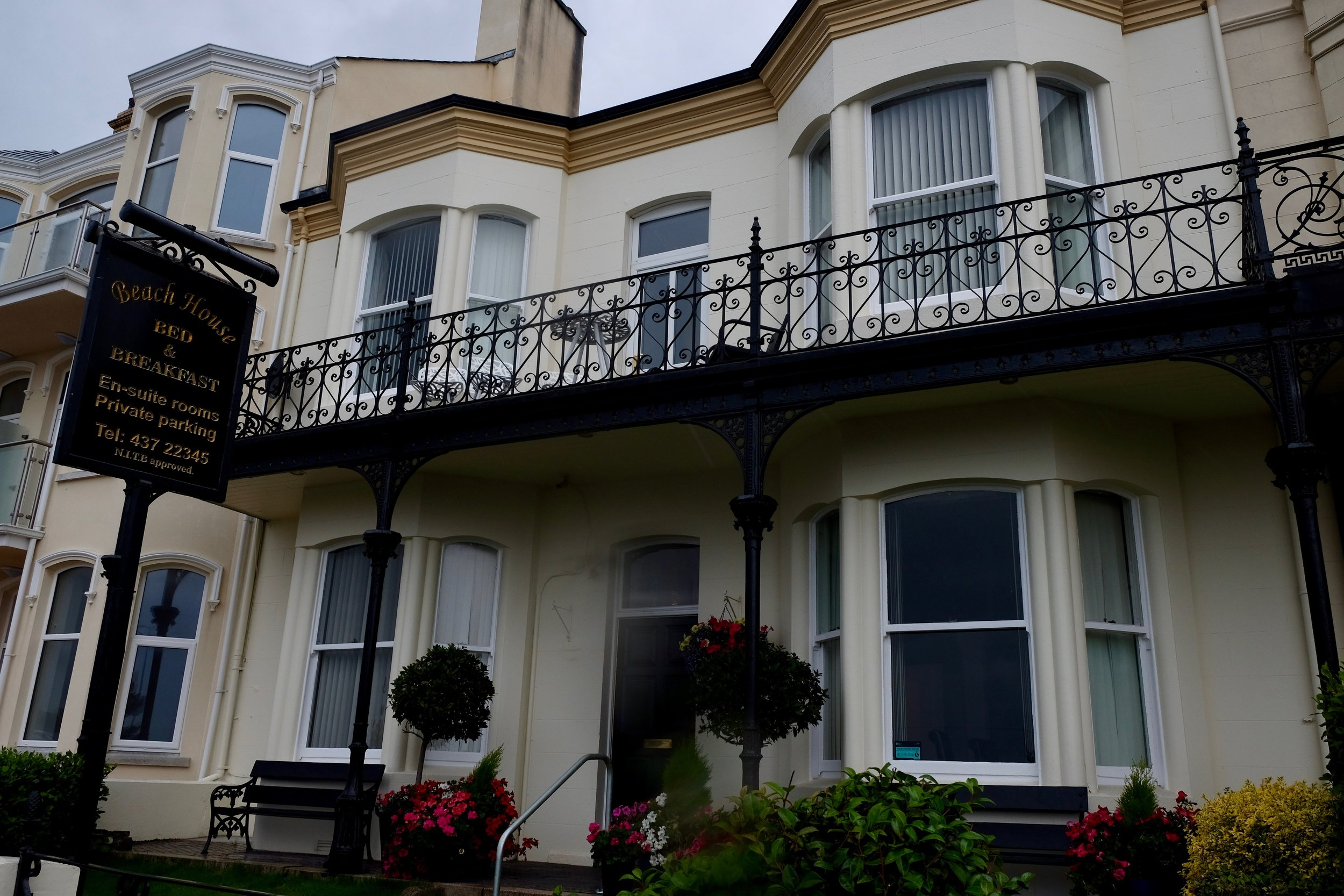 Beach House Bed and Breakfast,22 Downs Road,Newcastle BT33 0AG,+44 28 4372 2345