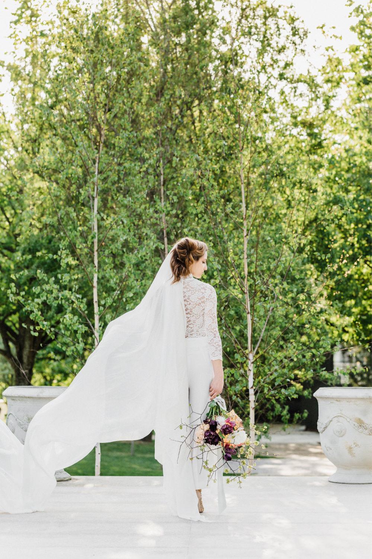 Modern-European-Wedding-Inspiration-Photography-Oporto-11.jpg