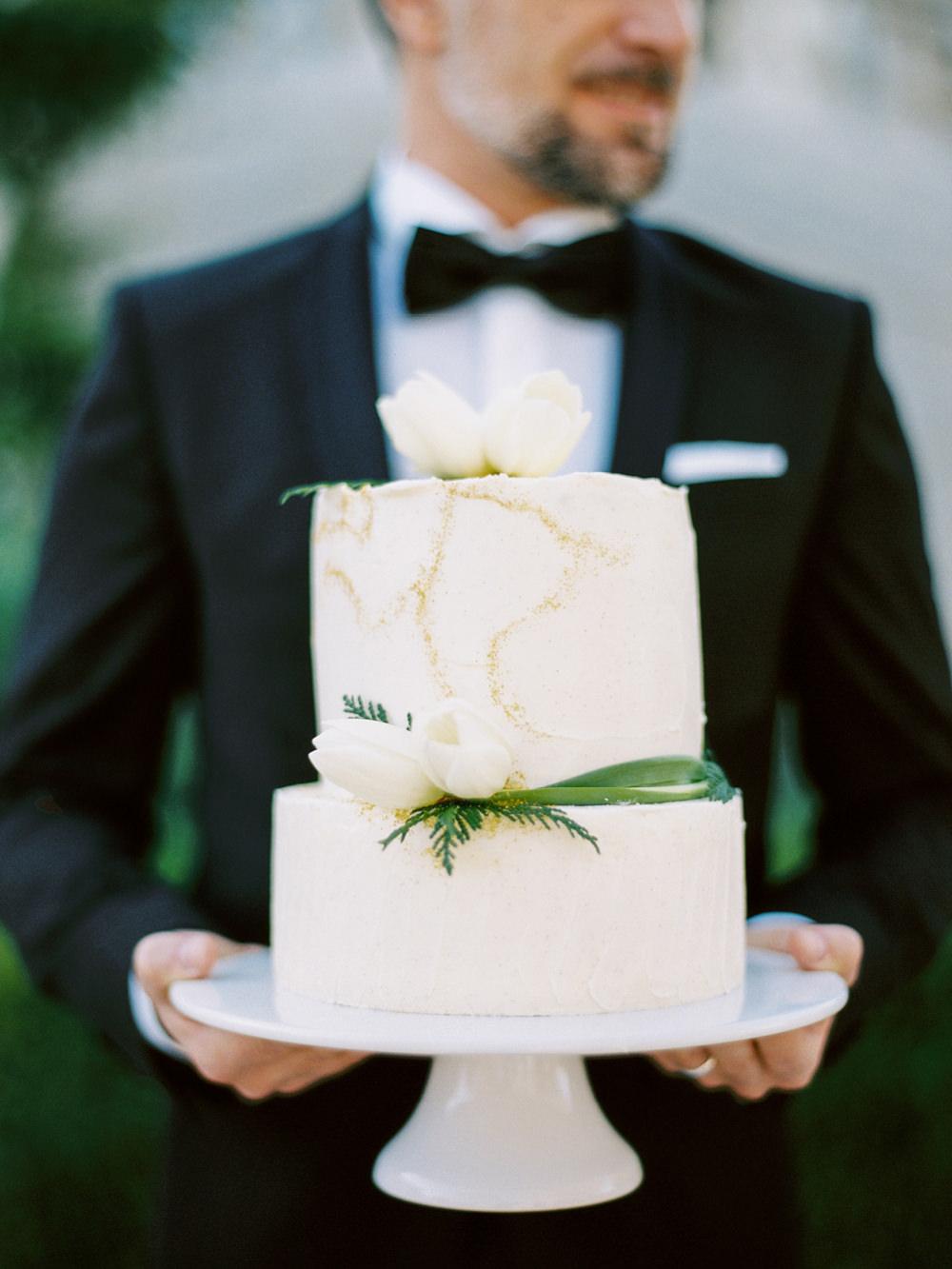 film fineart wedding photography cake