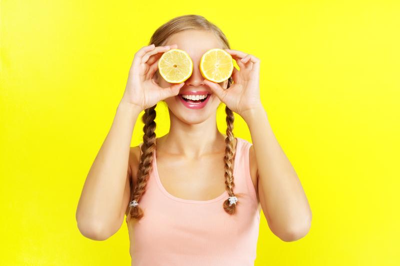 """Let """"Lemon Girl"""" guide ya!"""