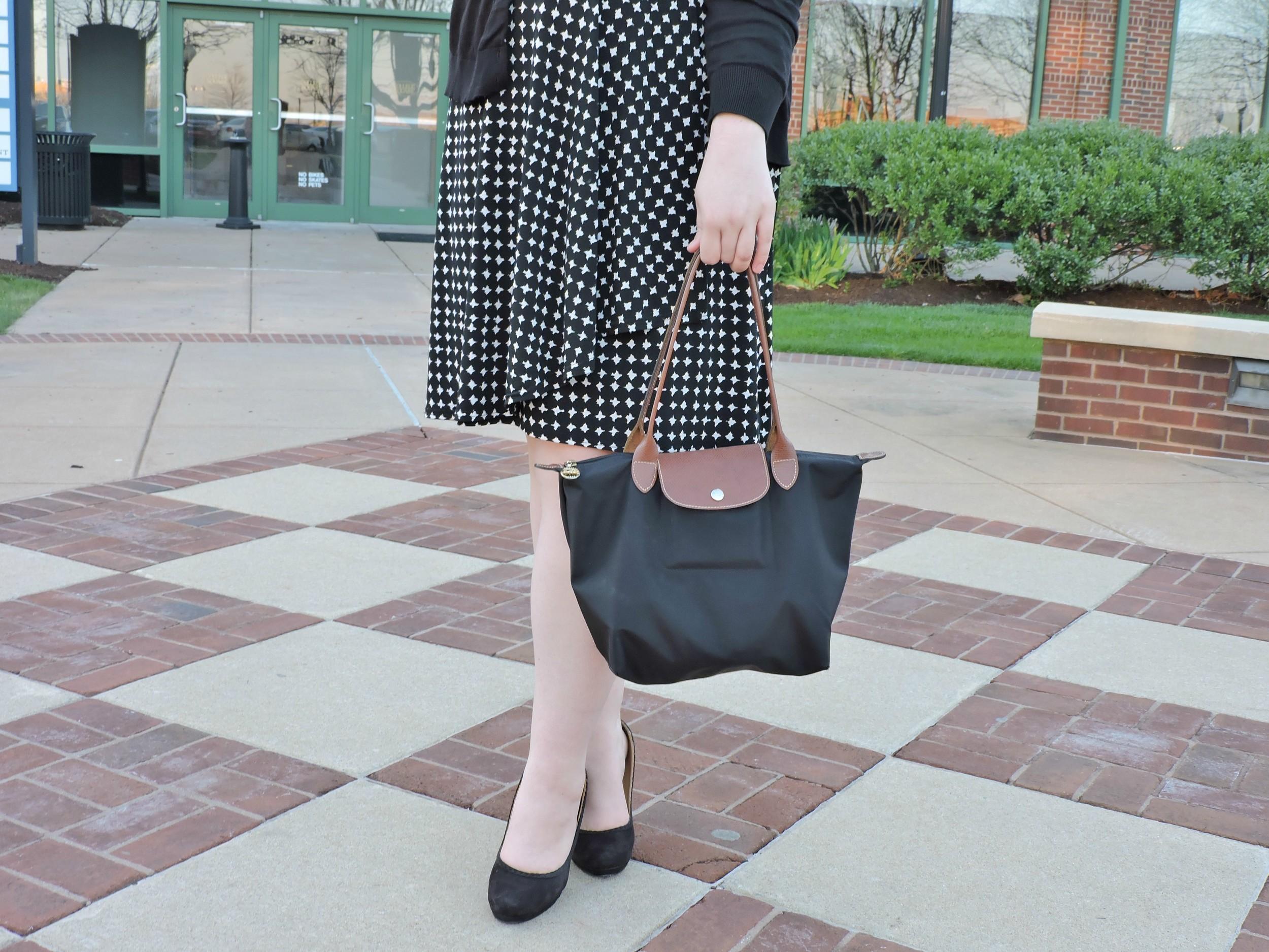 Minimalist Wardrobe: Black & White