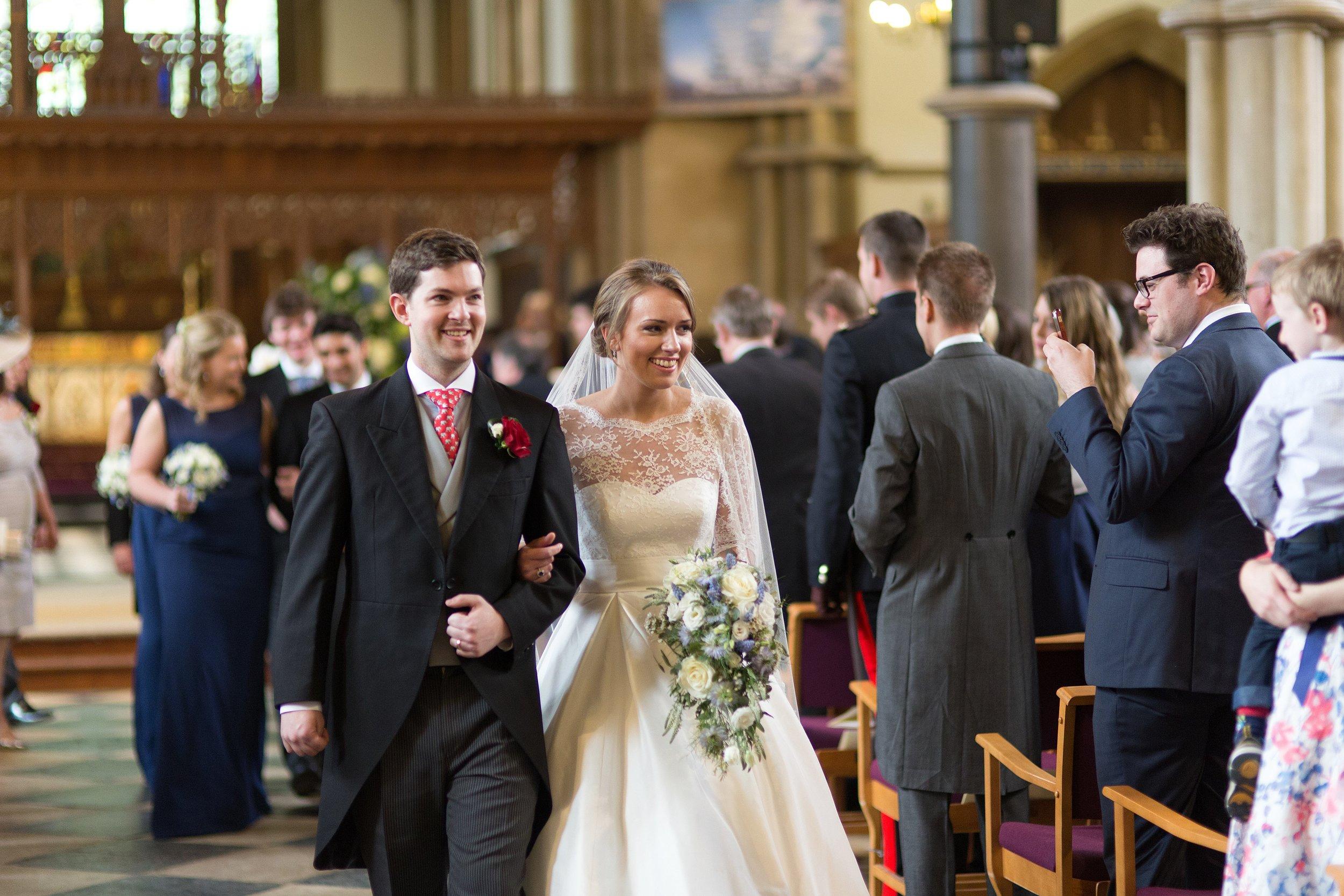 BRIDE_BOUQUET_CASCADE_MIRIAM_FAITH_WEDDING_FLOWERS.jpg